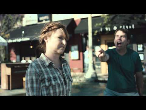 Yo La Tengo – Friday I'm in Love (Video)