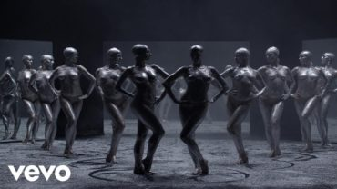 Vitalic – Waiting for the Stars feat. David Shaw and The Beat (Video)